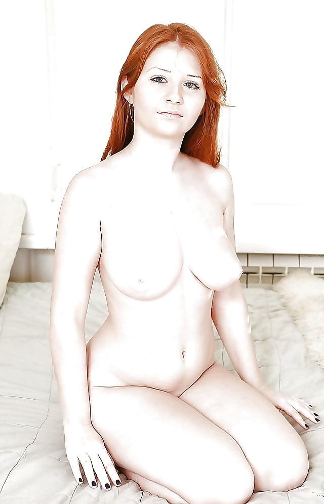 Redhead scarlett nude, huge breasts bbw