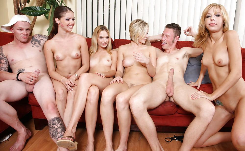 Нужен как снимают групповое порно фото