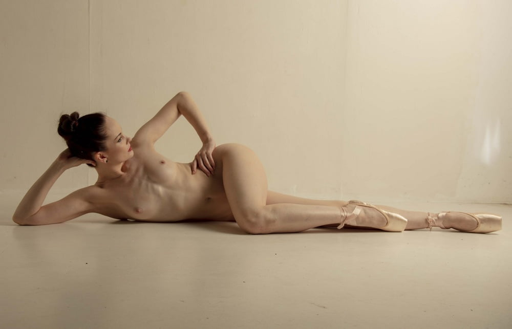 Nude ballet tube