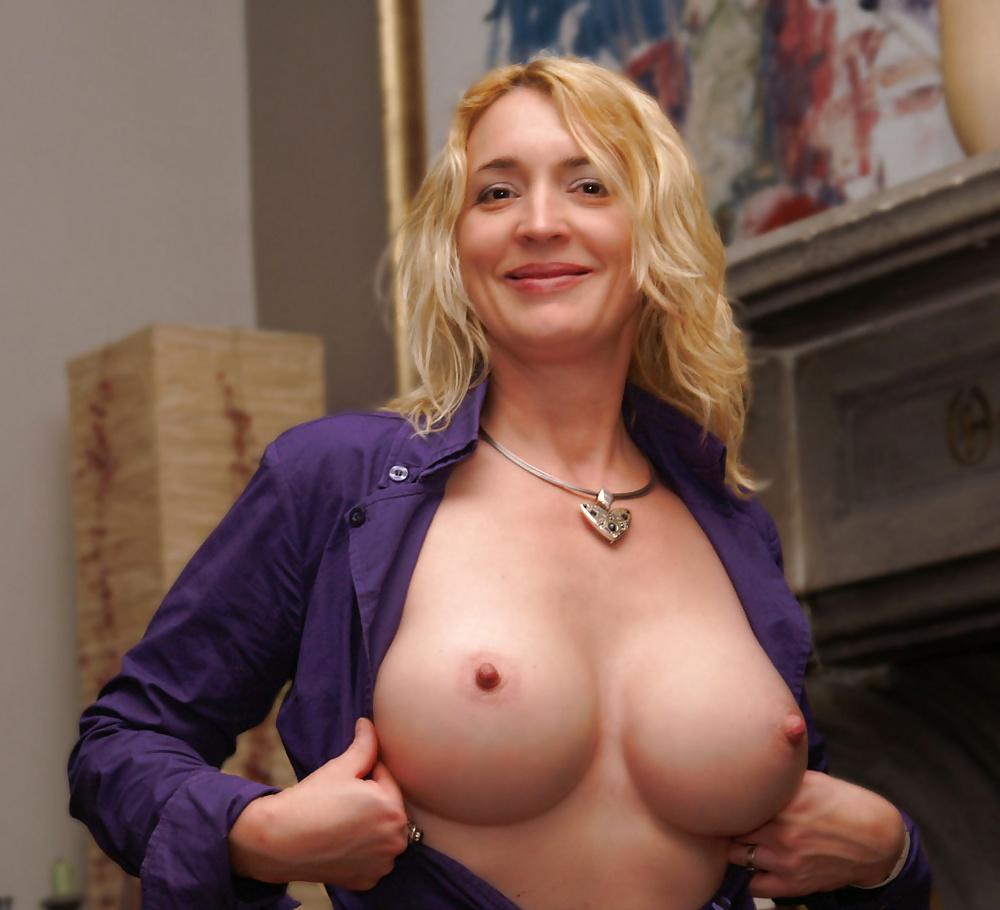 Mature nice round tit
