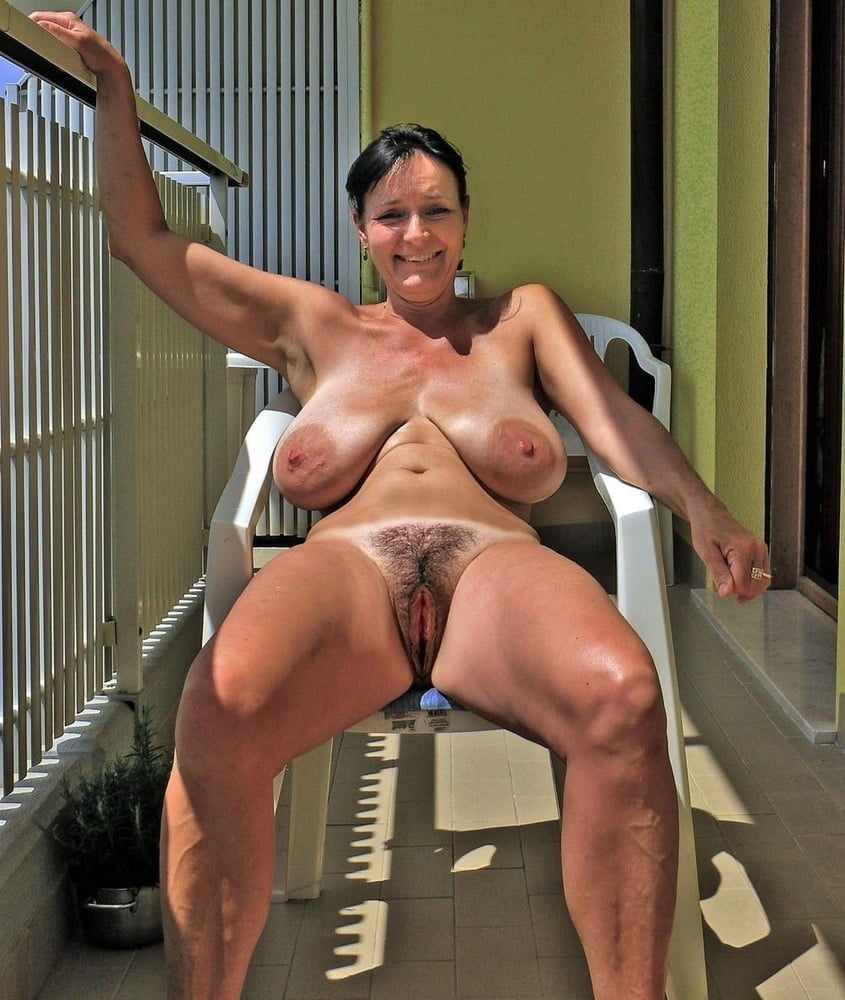 Nude Tube Mature