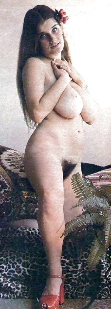 retro-porno-rozali-trahayut-bryunetok-rakom
