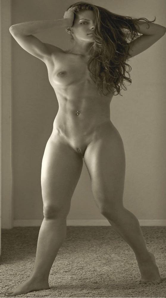 Beautiful thick girls nude