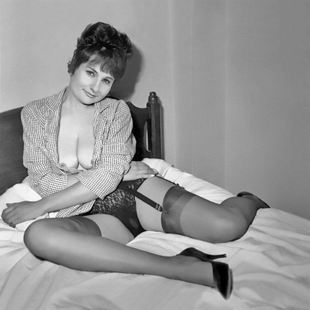 Vintage english corset milf