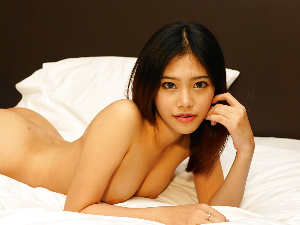 Nude girls of thailand 10