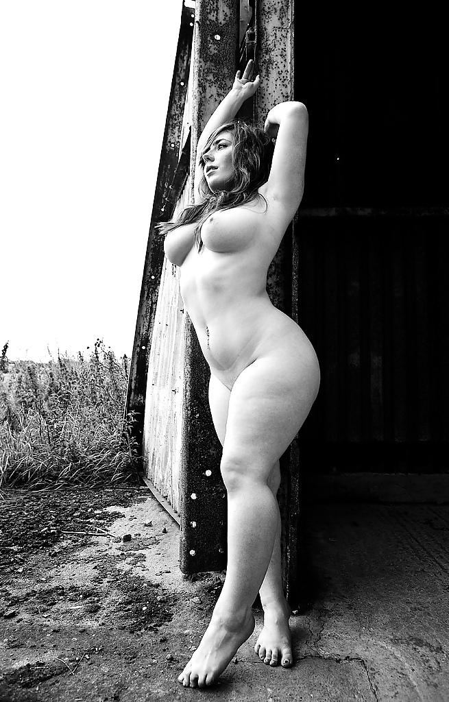 профессиональные эротические фотографии толстушек