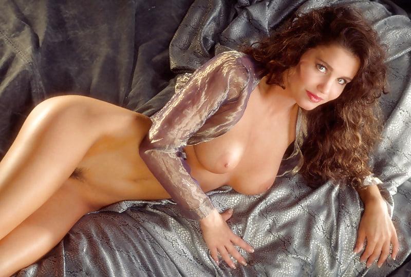 jennifer-lavoie-porn-nude-in-college-hidden