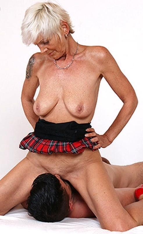 Dame Penis Braungebrannt Gruppensex