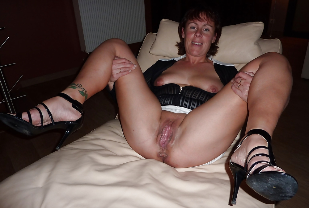 Viewers Wives British Porn Pics