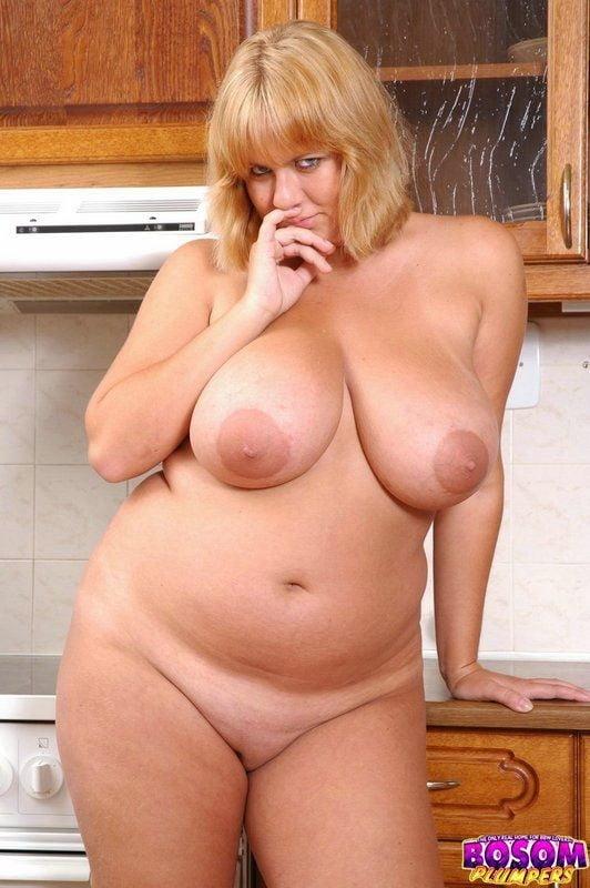 девчонки фото голой толстой тети тани бабы радостью ублажат