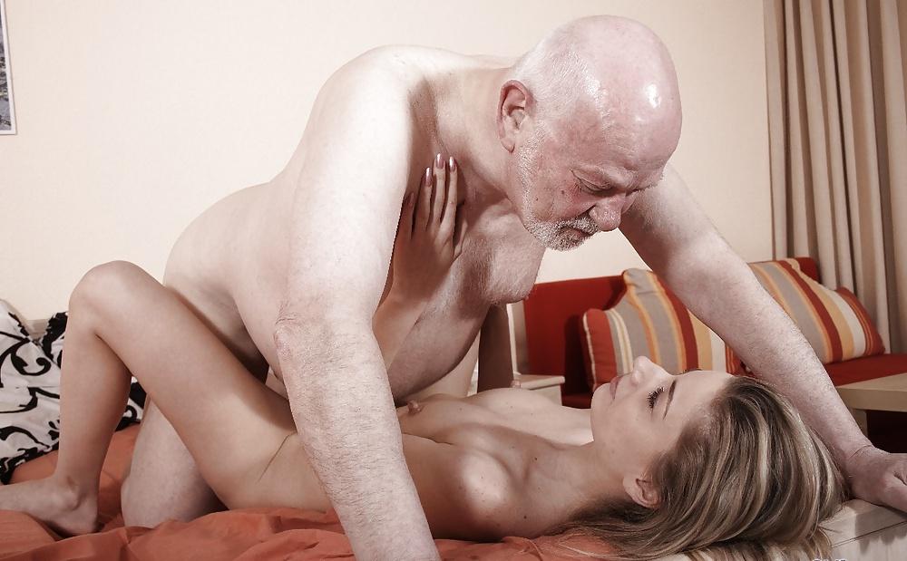 Секс минет у стариков, русская по вебке