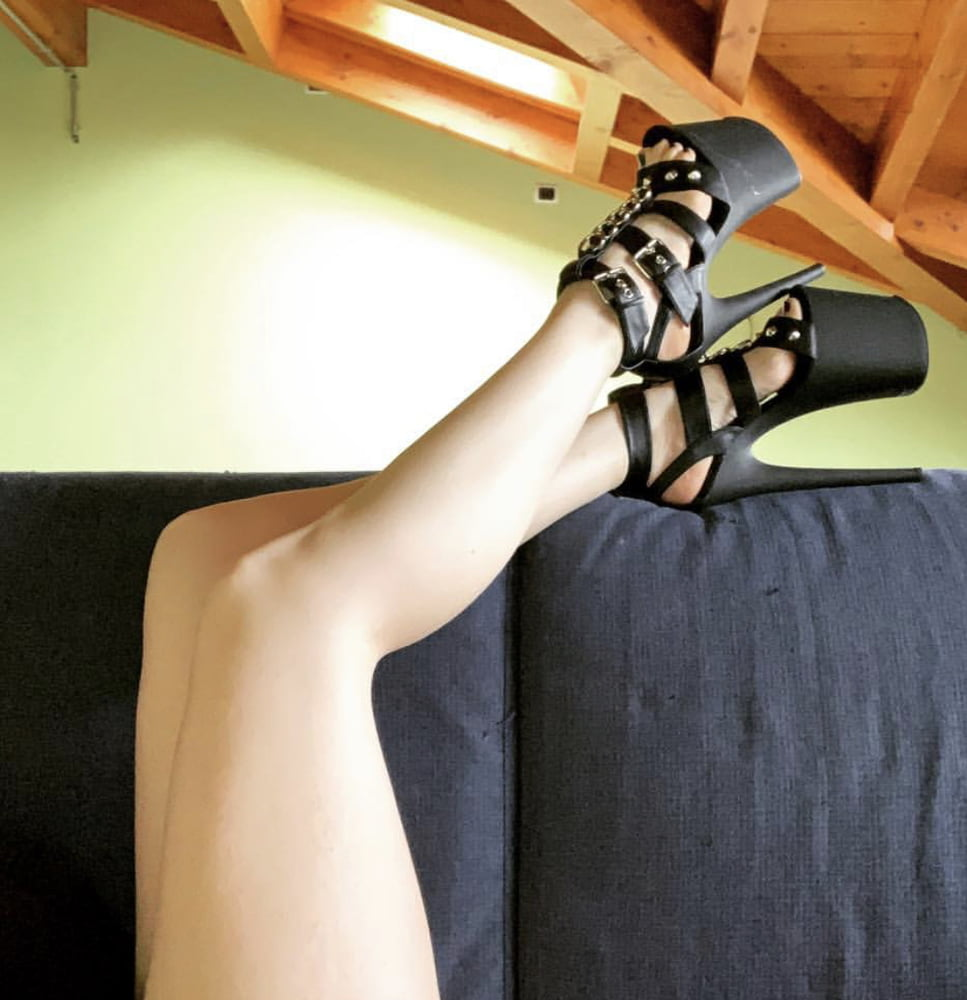 Extreme high heels sex-5697