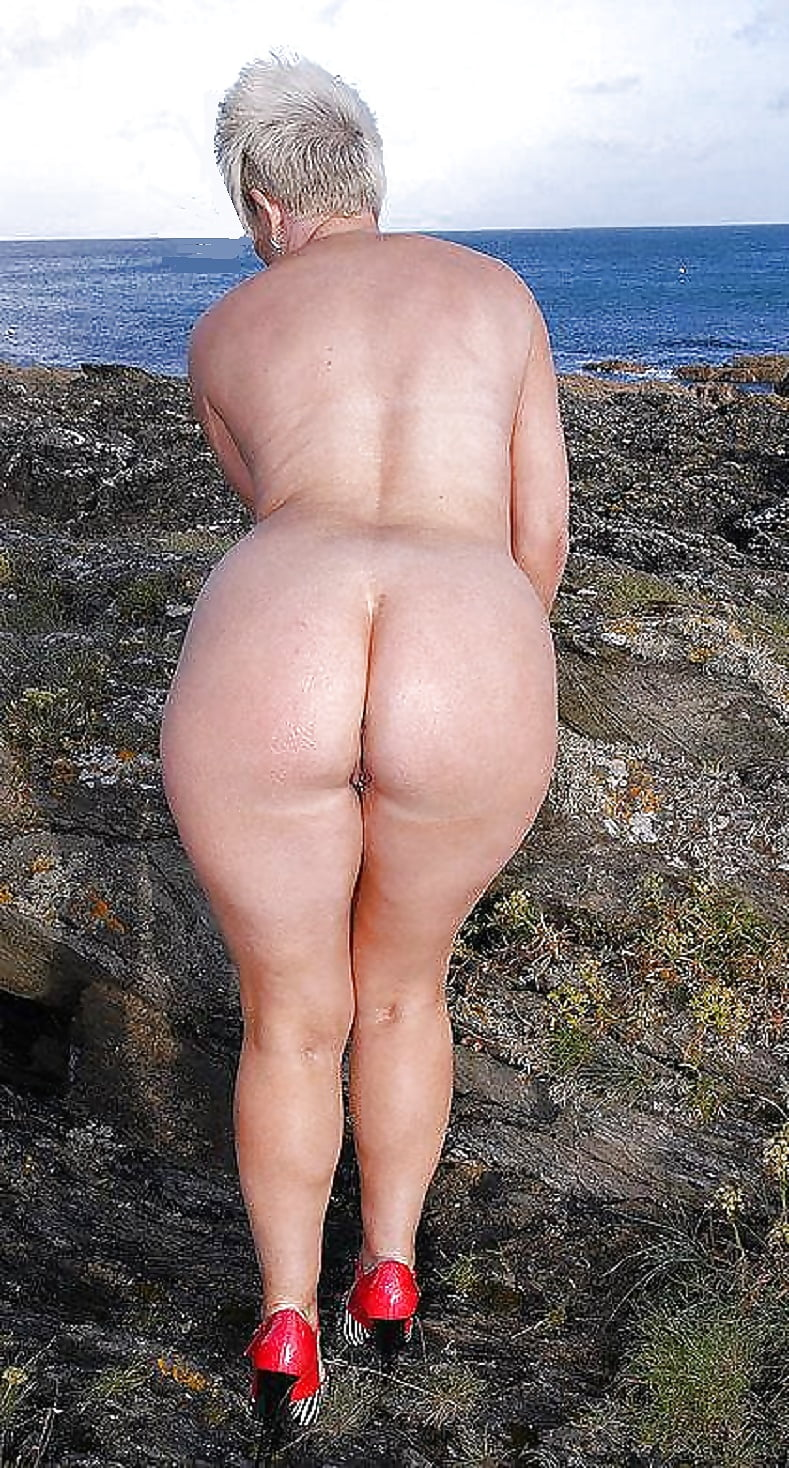 big-booty-old-ladies-naked