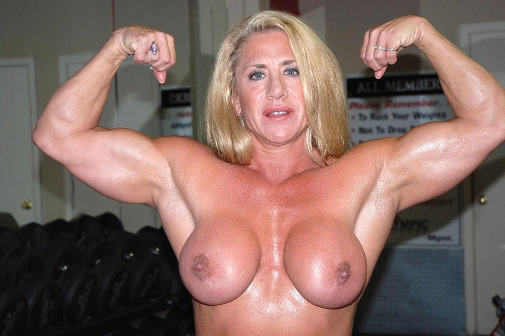mature-muscle-women-sex