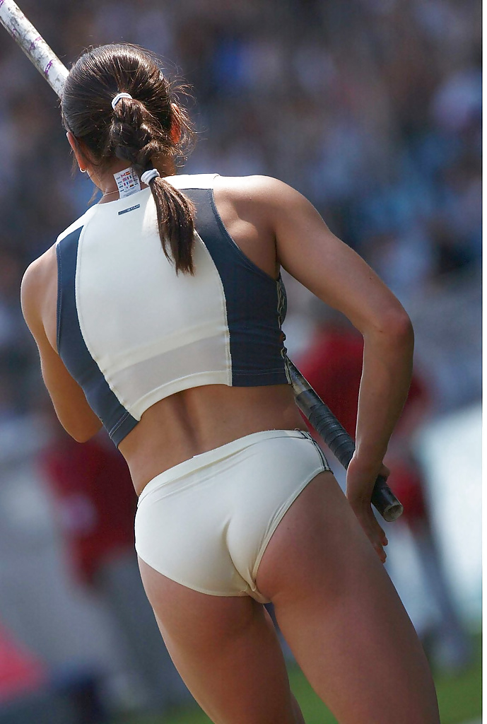 who-athlete-big-butt-adult-college-fit