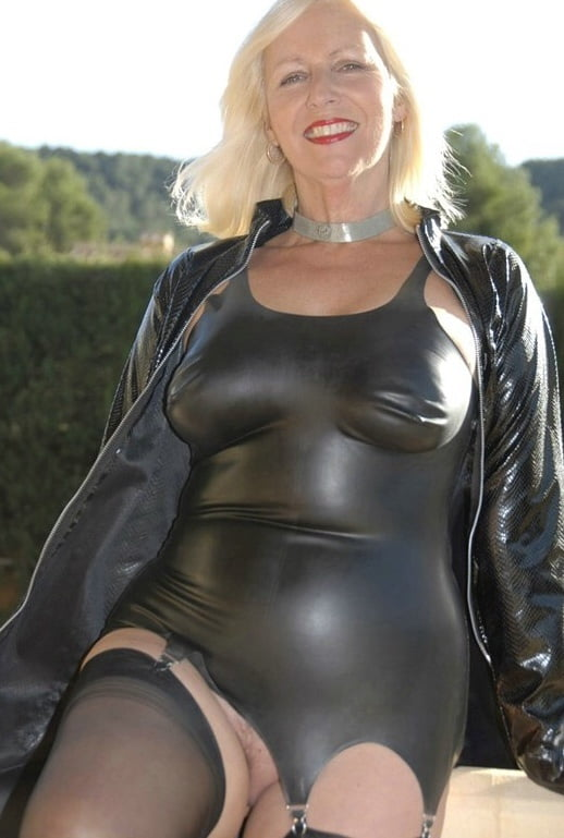 Who is mature in latex dress 7