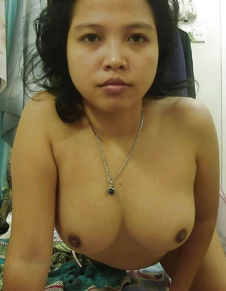 Naughty malay girl mobile optimised photo for android iphone