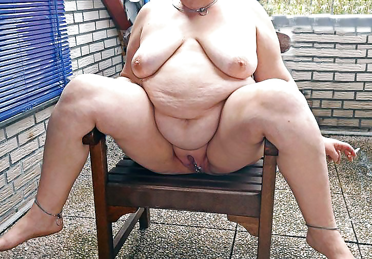 Sexy fat grannies nude