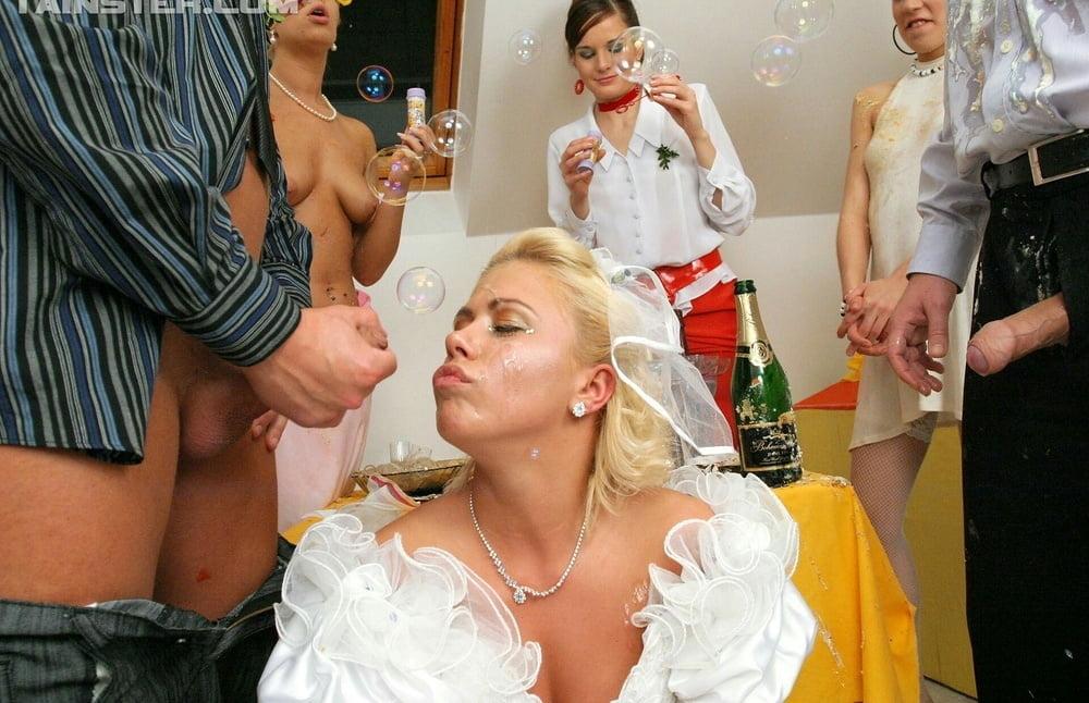 Смотреть порно девичник русских невест
