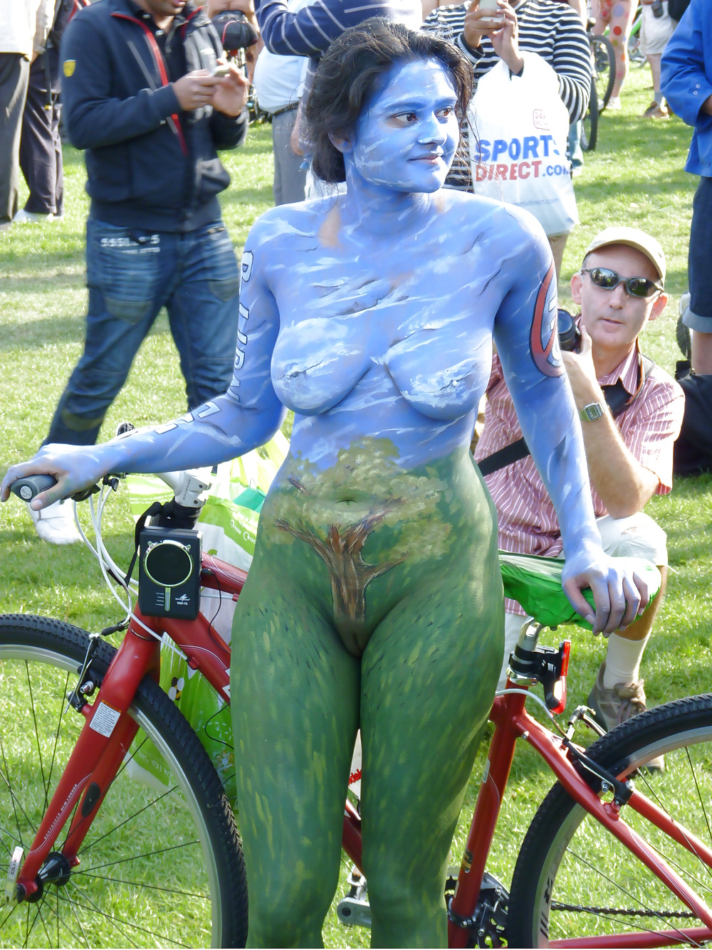 Naked amateur body painting — 10