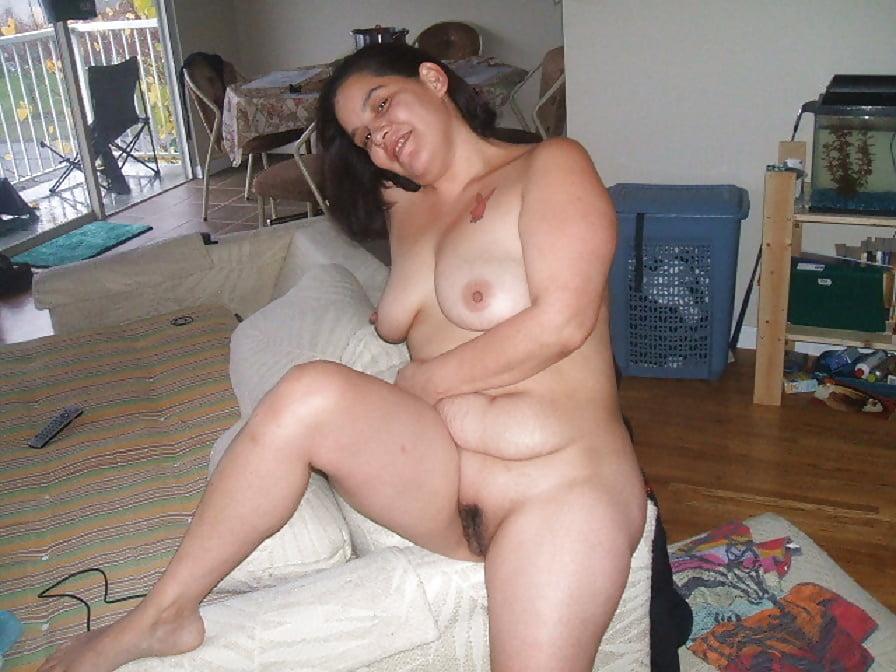 Big fat nude mom
