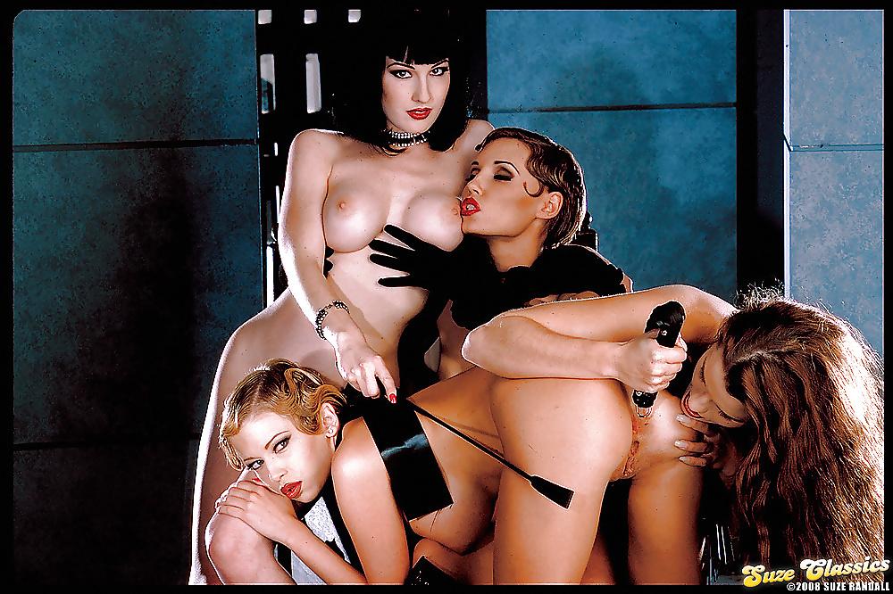 Dita Von Teese Lesbian Full Photo