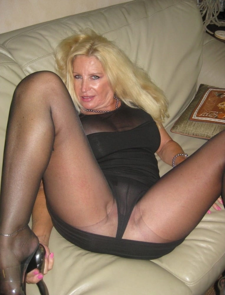 Hypnosis clips pabtyhose milf video lords