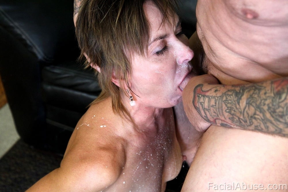 free-xxx-amatuer-milf-gagging-tubes-hand-jack-off-videos