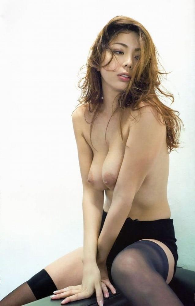Momoko Kuroki, Japanese model. - 17 Pics