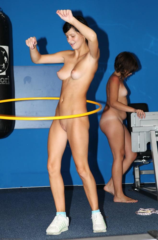 sportscasters-naked-icarly-nakedness