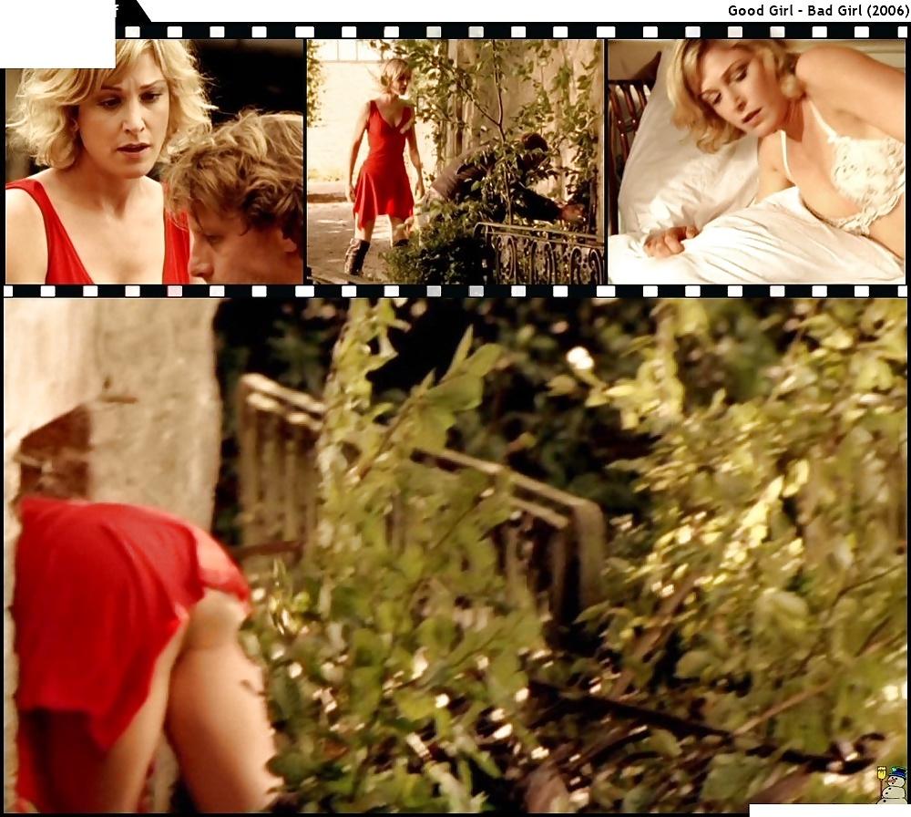 Julia Stinshoff Nackt 25 Pics Xhamstercom