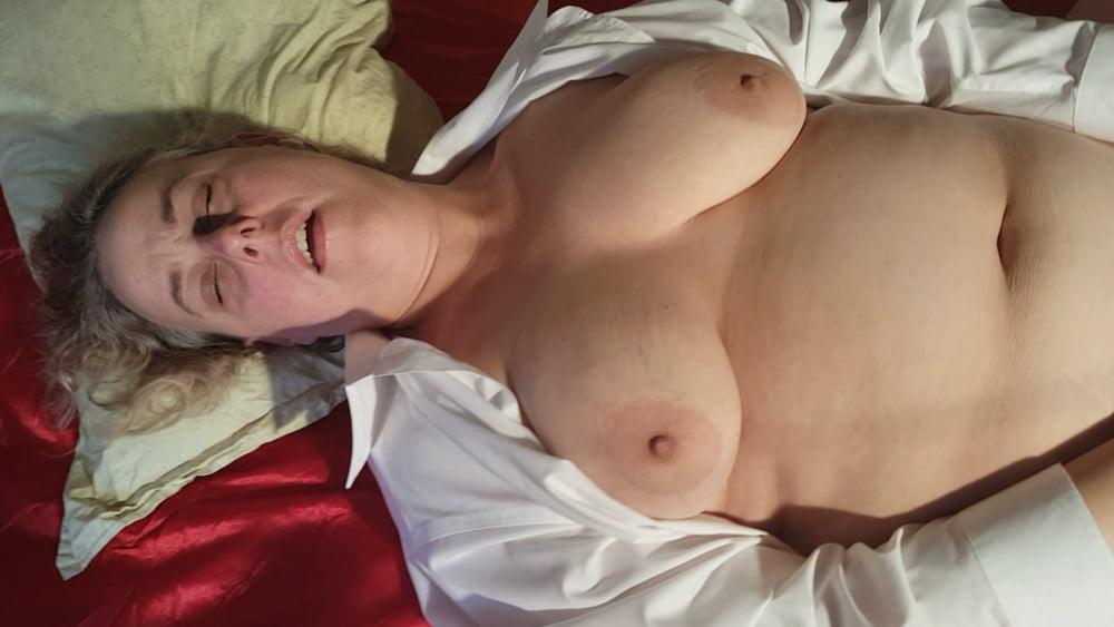 Naked chubby amateur-1508