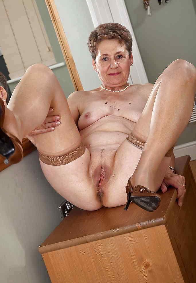 show-granny-porn