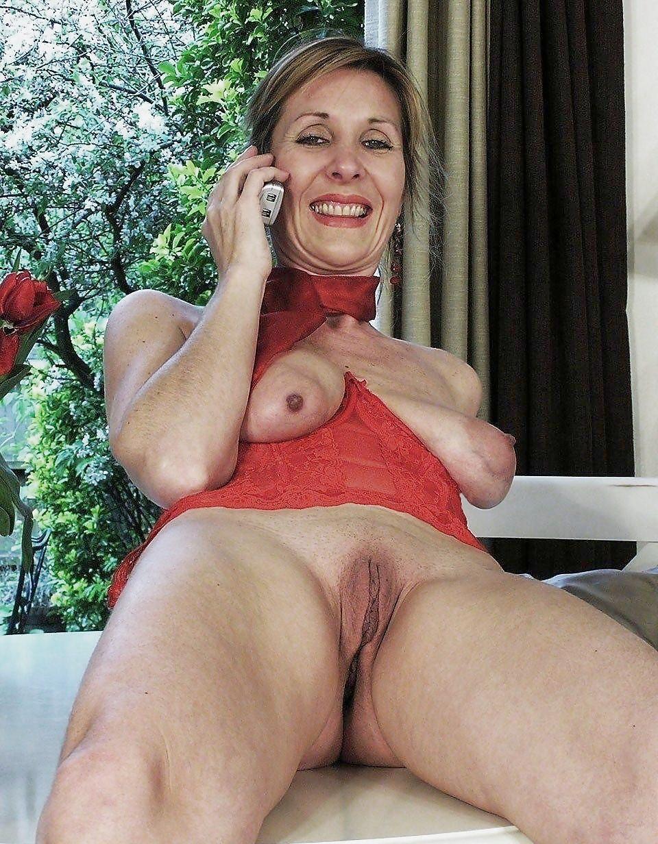 получите бритые киски порно фото зрелые селфи для тебя
