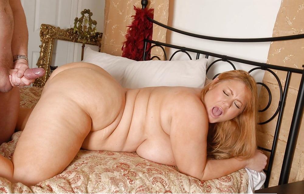 Sexy Nude Amateur Cougar