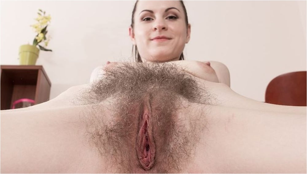 Hairy pussy natural — pic 9