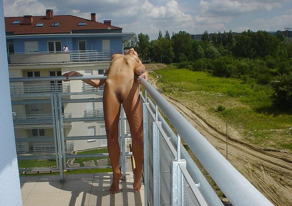 порно видео голые на балконе окажем великую услугу