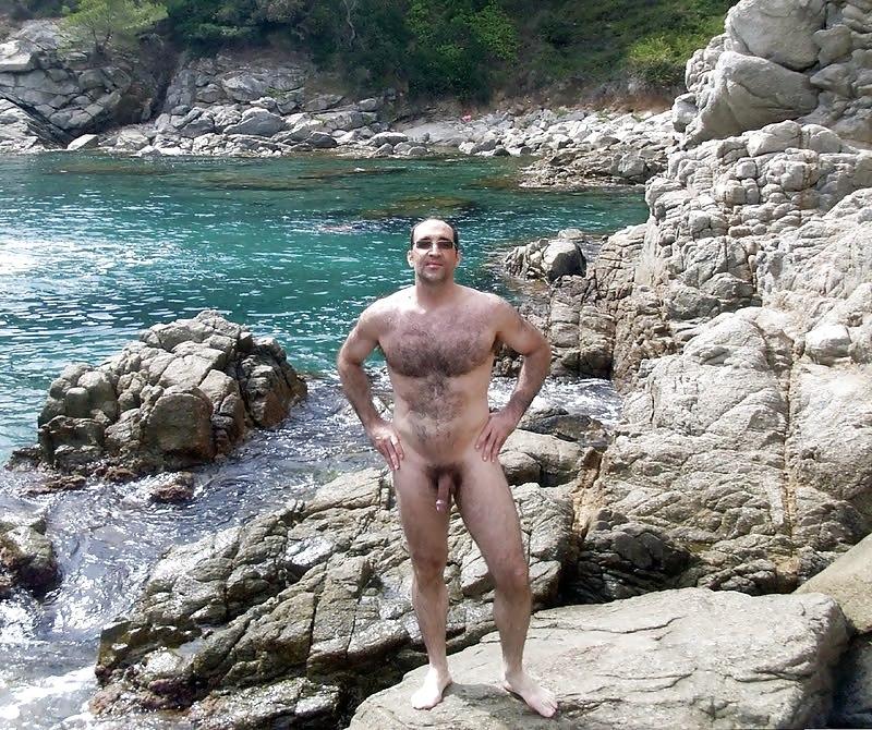 spain-nude-male-beaches