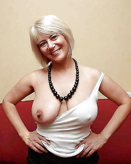 Sexy blonde mature women-7770