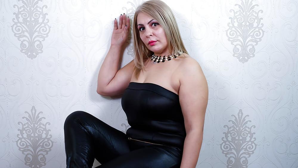 Cougar porn black-2649