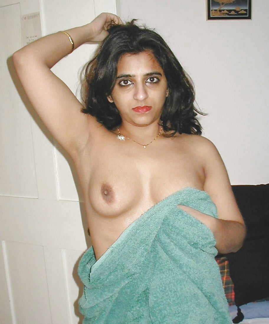 Naked uk pakistani, amateur broken condom fucking video