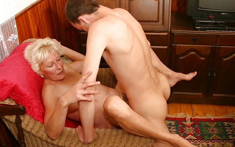 porno-with-mother