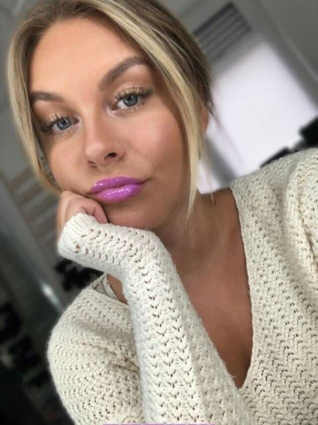 Dagi Bee - There are some whores in this house - Cardi B WAP