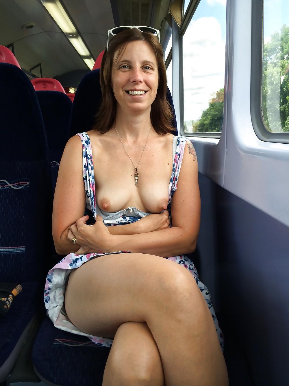 Flashing boobs in bus