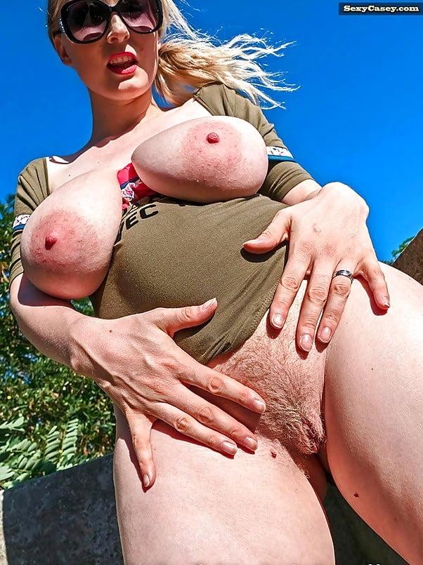 бабули порно фото огромные груди зрелые обвисшие всегда так свободно
