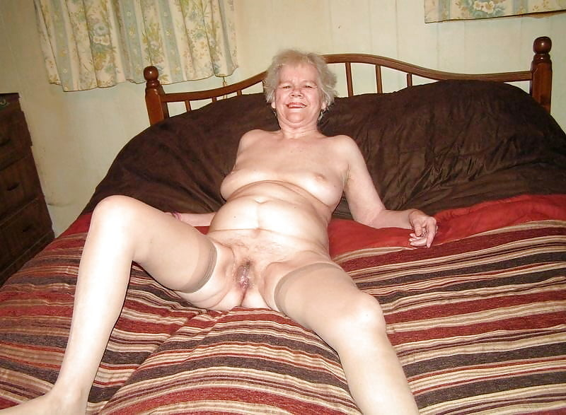 Amateur grannie sex 11
