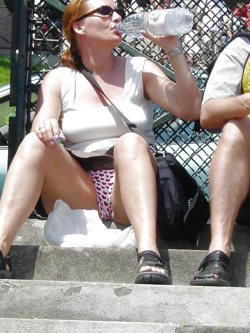 Scarlett johansson upskirt nipple with upskirt thumb gallery