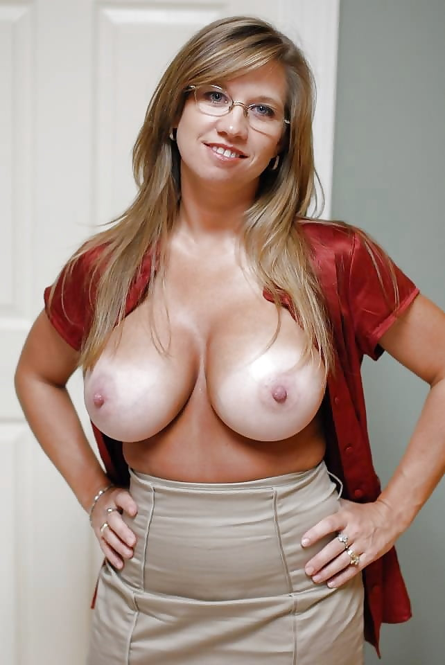 sexy-big-naked-cougar-tits-love-nude
