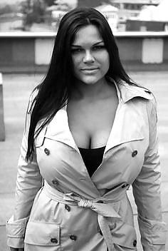 nackt Zarring Mia Ukraine's Maria
