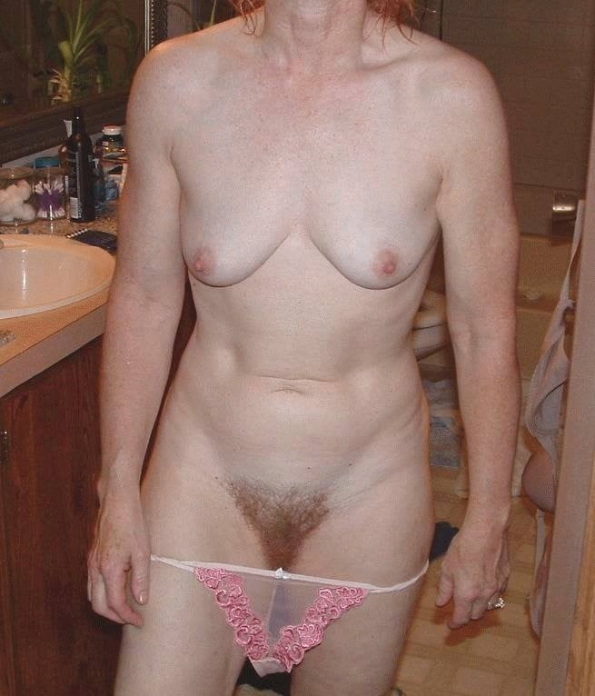 Sexy aunty in bathroom-5095